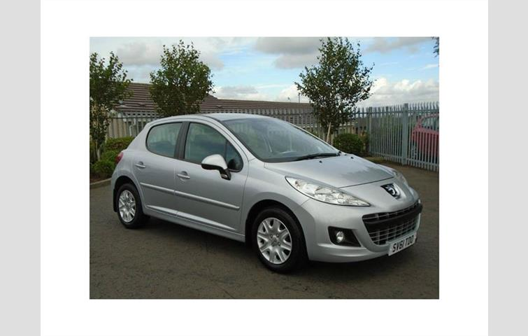 peugeot 207 active silver 2011 3665868 rh autovolo co uk Peugeot 207 Front Bumber Undertray Peugeot 208 Interior Manual