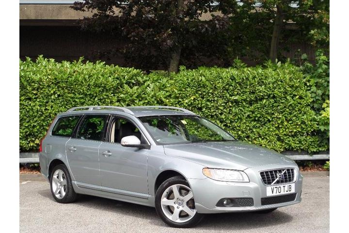 Volvo V70 2.4 D5 SE Lux Geartronic 5dr FINANCE AVAILABLE, FSH, 2KEYS