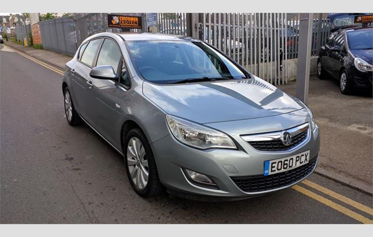 Vauxhall Astra Exclusiv New Shape Model Silver 2010 4975265