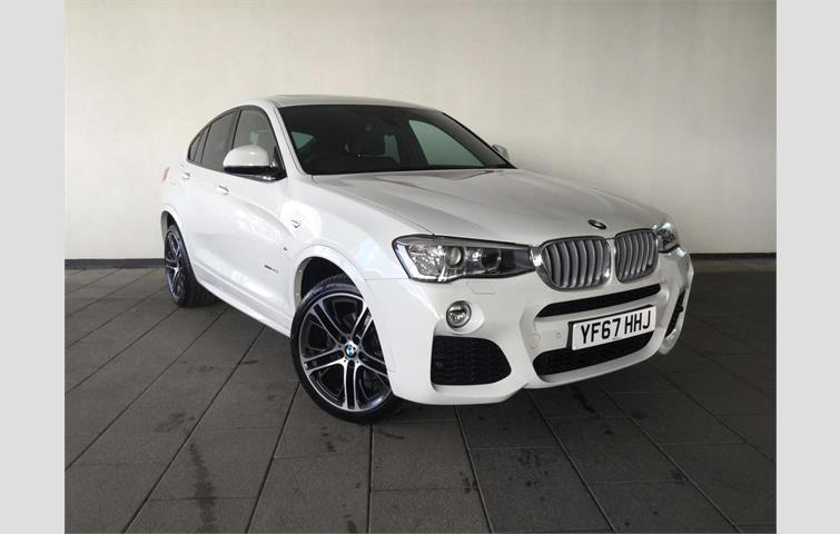 Make BMW Model X4 Colour White Year 2017