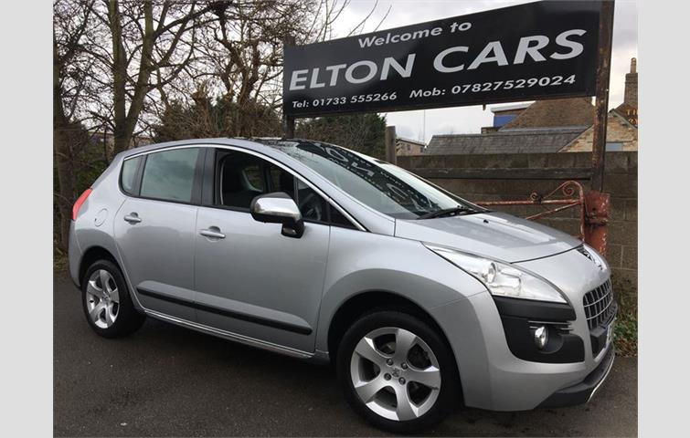 Peugeot 3008 EXCLUSIVE HDI Silver 2011