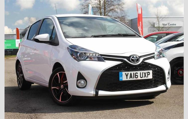 toyota fwd cars yaris door main petrol type id xs manual hatchback