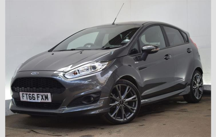 Ford Fiesta  L Petrol Engine With Manual Transmission Hatchback In Grey Colour