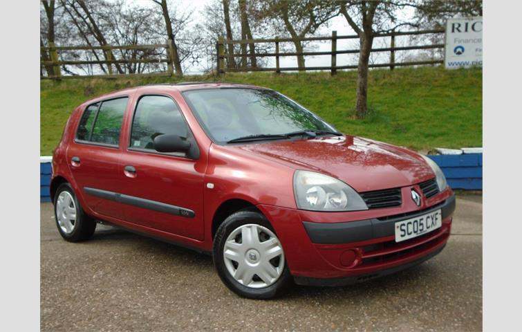 renault clio 1 2 16v expression 5dr red 2005 5501143 rh autovolo co uk renault clio 2 user manual renault clio 2 user manual