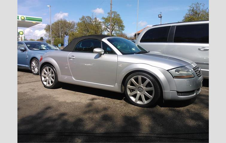 Audi Tt 2002 1 8 L Engine With Manual Transmission Convertible In Silver Colour