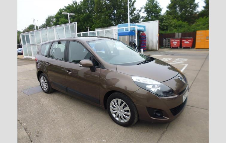 renault grand scenic 1 5 dci expression 5dr bronze 2010 6038024 rh autovolo co uk Renault Grand Scenic Dimensions Renault Grand Scenic Dimensions