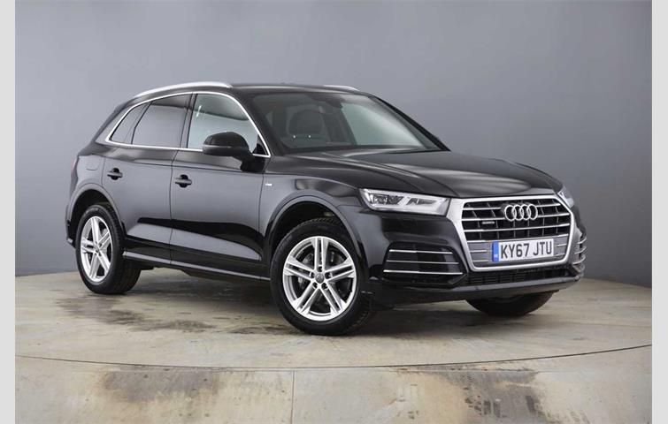 Audi Q5 2017 2 0 L Petrol Engine With Semi Auto Transmission Suv In Black