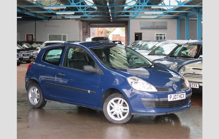 renault clio 1 2 16v freeway 3dr blue 2007 6207983 rh autovolo co uk manual renault clio sedan 2007 renault clio 2007 owners manual