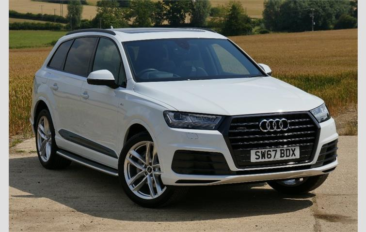 Audi Q7 2017 3 0 L Sel Engine With Automatic Transmission Suv In White Colour