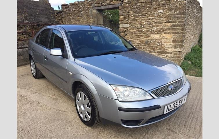 Ford Mondeo 2 0 TDCi SIII LX 5dr Silver 2005 | Ref: 6645523