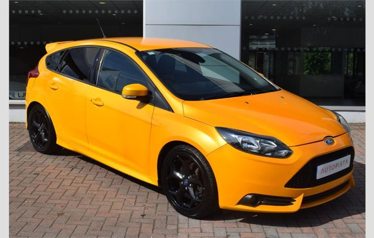 Ford Focus St2 Yellow 2012 Ref 6718438