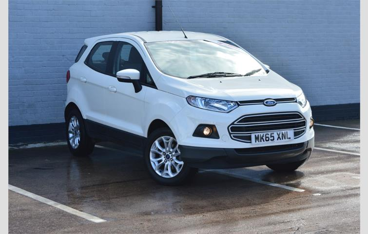 Ford Ecosport  L Petrol Engine With Manual Transmission Hatchback In White Colour