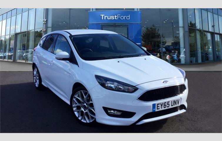 Ford Focus Zetec S White 2015 Ref 6731278