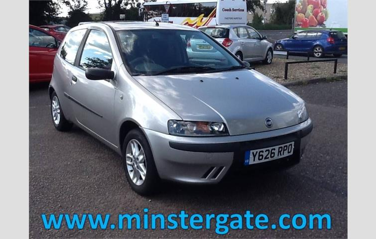 fiat punto 1 2 16v sporting 3d 80 bhp only 54000 miles 2 owners rh autovolo co uk fiat punto 2001 owners manual pdf 2004 Fiat Punto