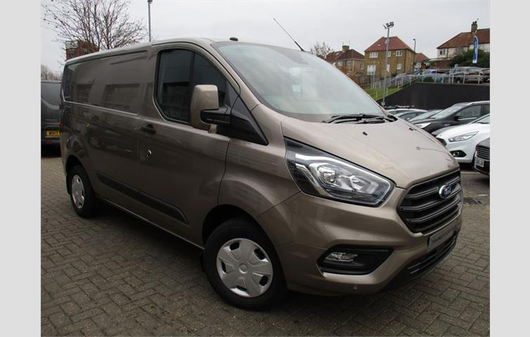 707d03e1bd Ford TRANSIT CUSTOM TREND Silver 2018