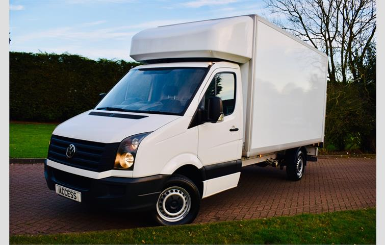 e8f38038bd Volkswagen Crafter 2.0 TDI BMT 140PS Luton Eng to Go tail lift EURO 6