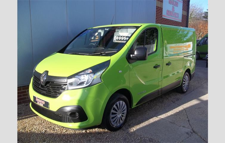 e0c89c5ec5 RENAULT MASTER 2.3 dCi LH35 Business High Roof Van 5dr Diesel Manual FWD  209 g km