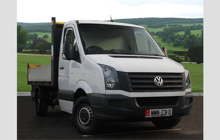 2d8b67bb1f VOLKSWAGEN CRAFTER CR35 Chassis cab LWB 2.0 109 PS TDI 6 Speed Manual Luton  Body   Tailift