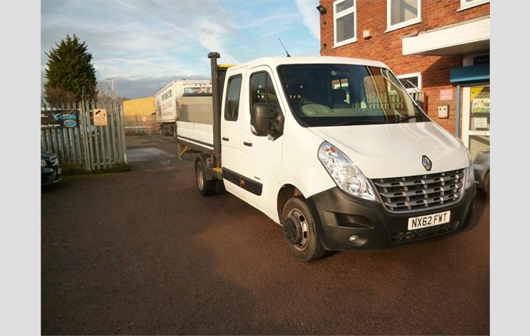 5219a47349fd61 RENAULT MASTER f3500 150pscrew cab dropside with taillift White 2012 ...