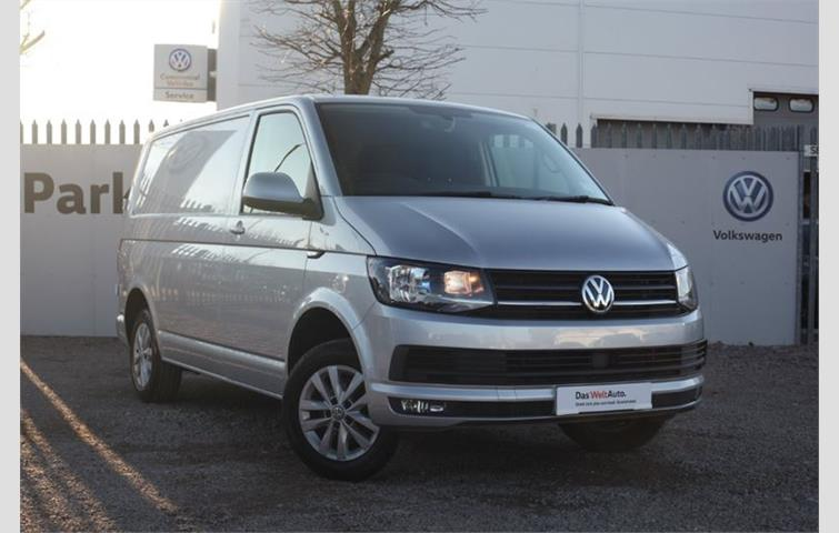 46794fd366 Volkswagen Transporter 2.0 TDI BlueMotion Tech T28 Highline Panel Van 5dr  EU6