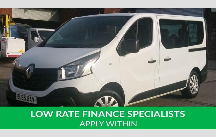 fb6ab512828650 RENAULT TRAFIC 1.6 SL29 BUSINESS ENERGY DCI 5d 95 BHP 9 SEATER MINI BUS 1  OWNER 2 KEYS NO VAT TO ADD FREE 12 MONTHS WARRANTY COVER White 2016