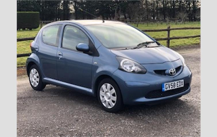 Toyota Aygo Blue Vvti 5door Blue 2007 Ref 7978529