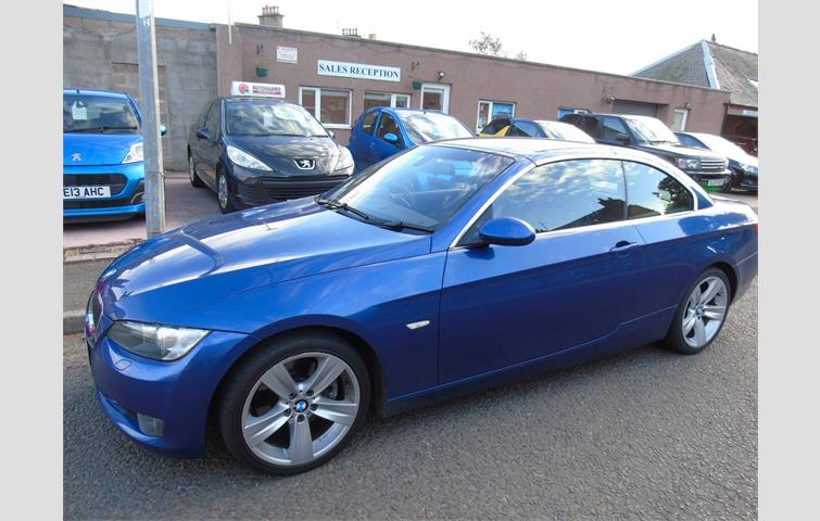 Make: BMW, Model: 3 Series, Colour: Blue, Year: 2009, Mileage: 90,466, Fuel: Diesel, Transmission: Manual, Body Type: Convertible, Price: £7,995, Advert ID: 8196912