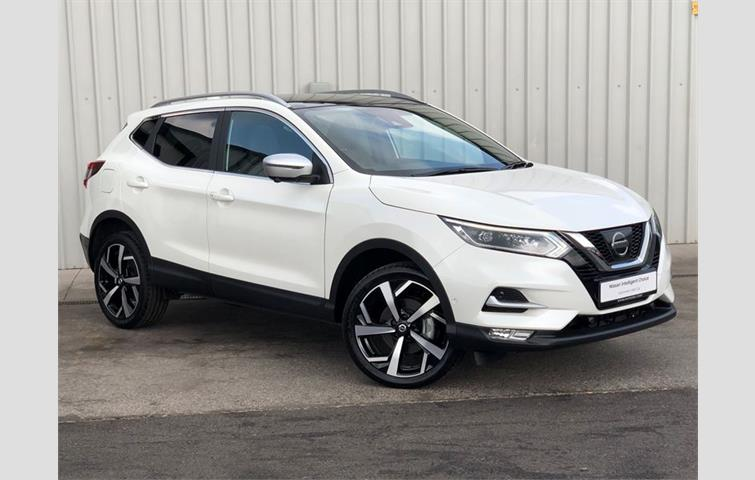 nissan qashqai 1 2 digt tekna s s white 2018 ref 7196713. Black Bedroom Furniture Sets. Home Design Ideas