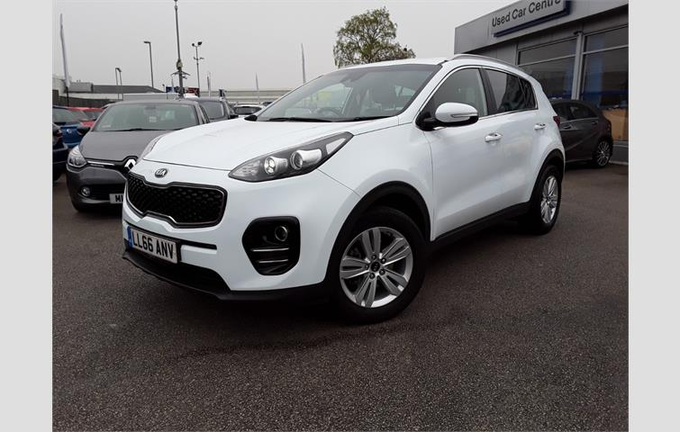 Make Kia Model Sportage Colour White Year 2016