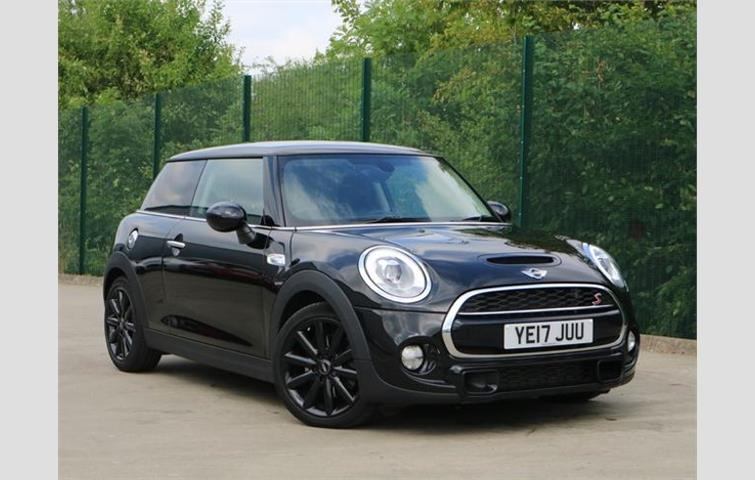 Mini Cooper S Hatchback Black 2017 Ref 8517724