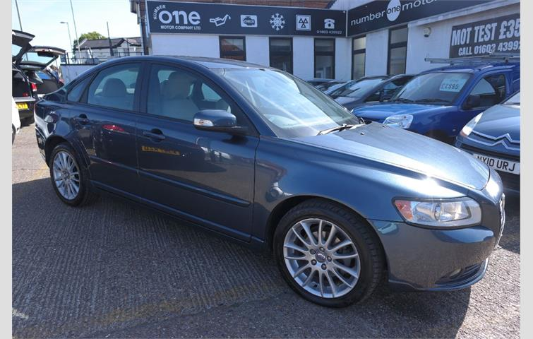 Volvo S40 1 6 S S40 4dr Low Mileage 39 Mpg Blue 2007 Ref 7641204