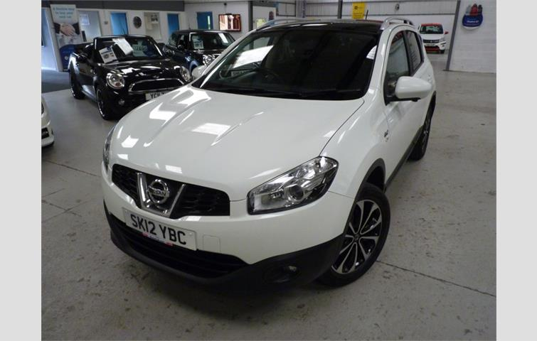 Make: Nissan, Model: Qashqai, Colour: White, Year: 2012, Mileage: 80,147, Fuel: Diesel, Transmission: Manual, Body Type: Hatchback, Price: £6,750, Advert ID: 8618021