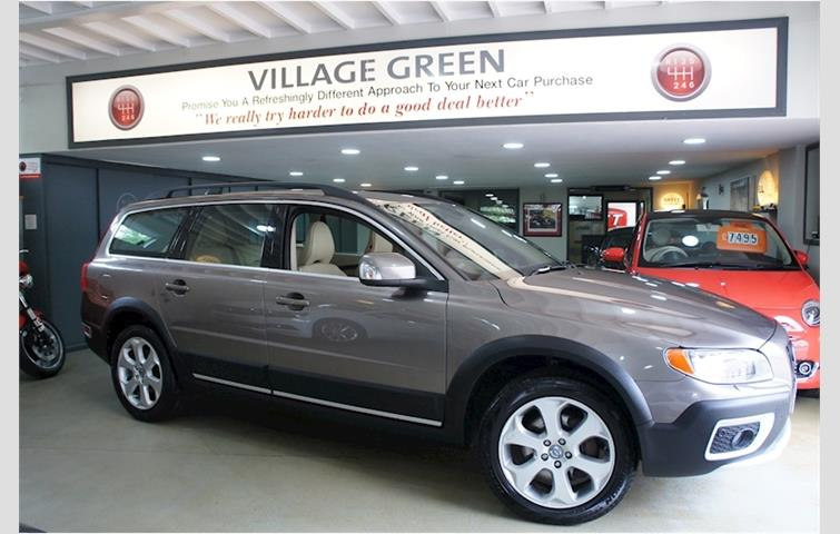 Make: Volvo, Model: Xc70, Colour: Grey, Year: 2011, Mileage: 34,532, Fuel: Diesel, Transmission: Automatic, Body Type: Estate, Price: £14,990, Advert ID: 8631599