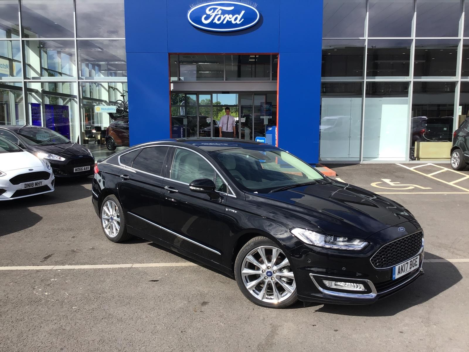 ford mondeo vignale cars for sale on auto volo uk. Black Bedroom Furniture Sets. Home Design Ideas